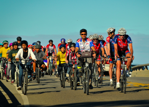 Oceano students join veterans on the California Ride 2 Recovery. Photo courtesy Ride 2 Recovery.
